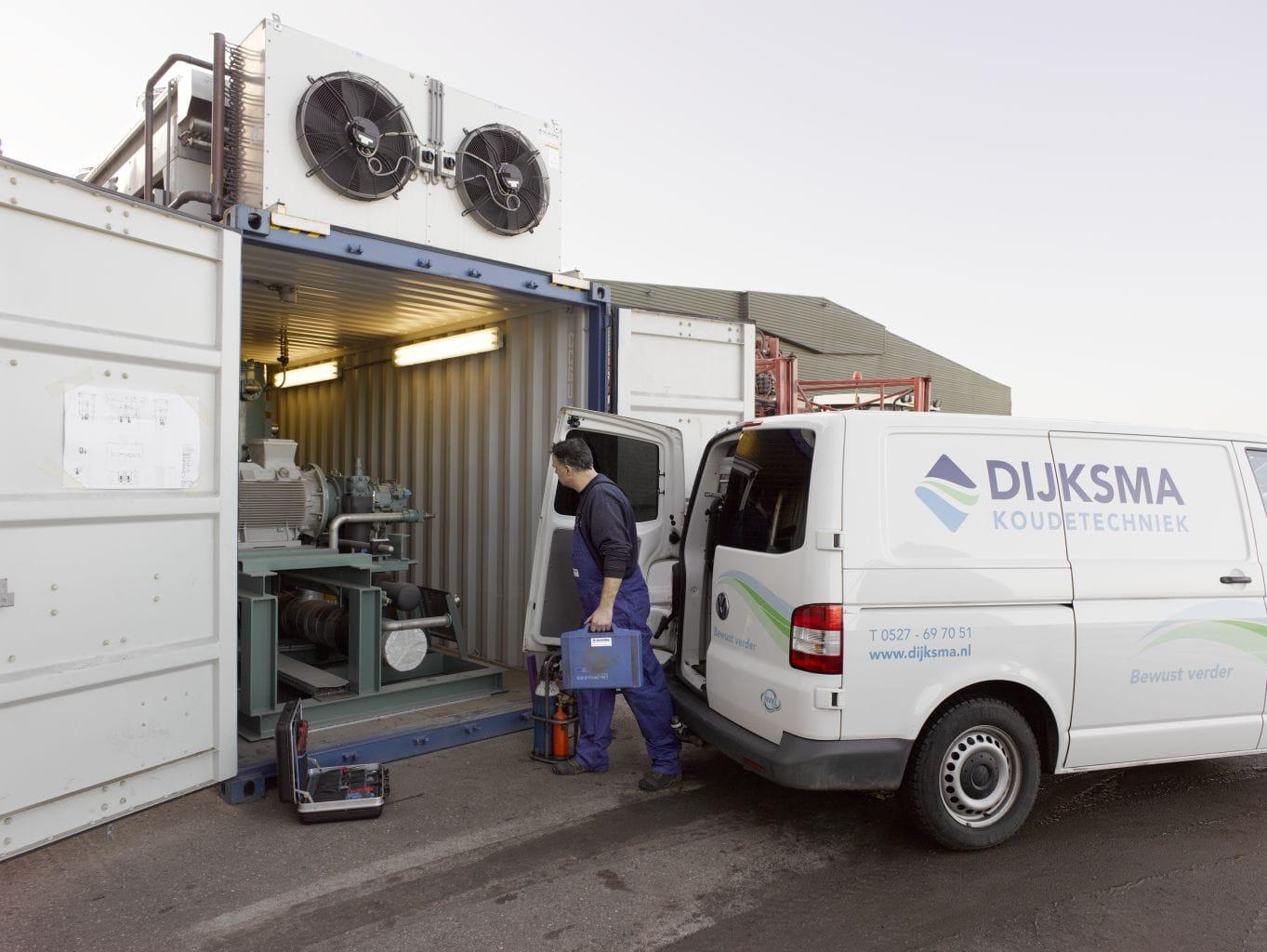 Dijksma-koudetechniek-bedrijfsbus